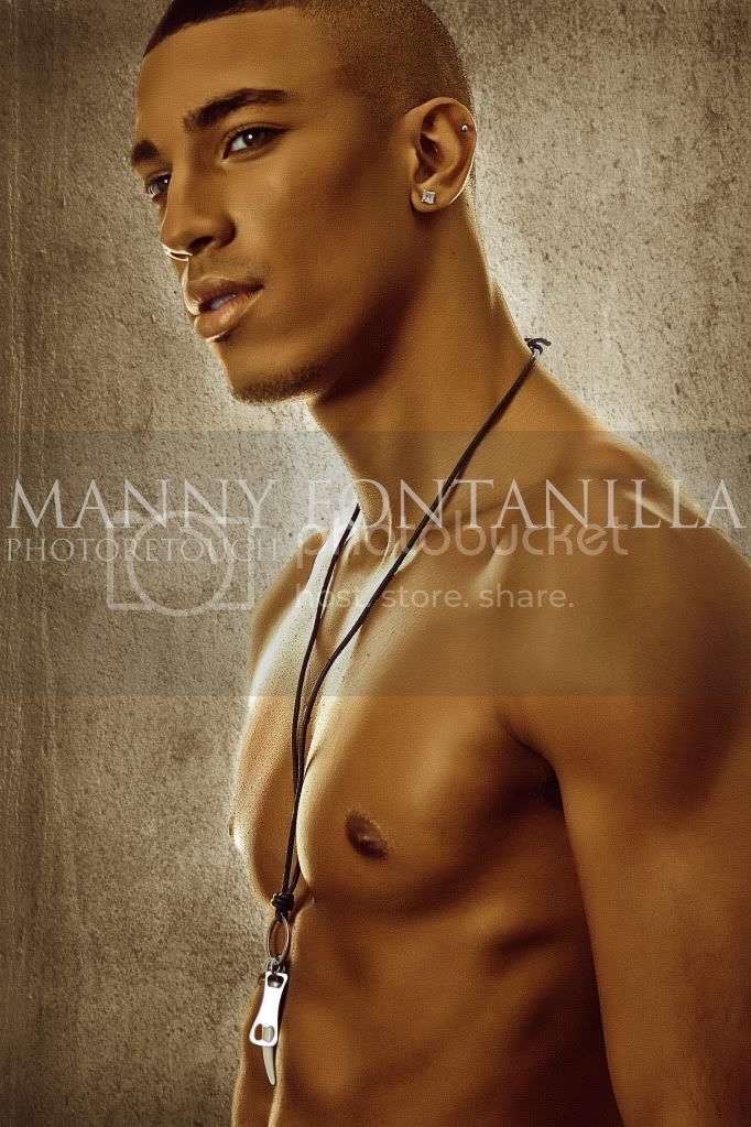 http://i971.photobucket.com/albums/ae197/vincentsky20/IMG_2069watermarked-1.jpg